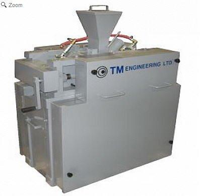 Tm Engineering Rolls Crusher in