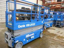 2013 GENIE GS2032