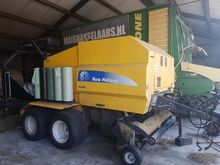 2009 New Holland BR 9060