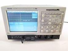 Tektronix CSA 7404
