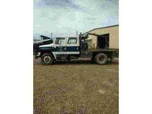 INTERNATIONAL Flatbed Trucks fo