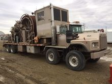 MACK RB690S Coiled Tubing Truck