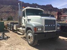2007 MACK CHN613 Winch Trucks