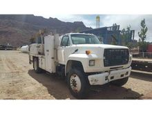 1992 FORD F800 Service | Utilit