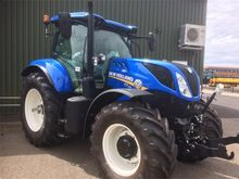 New Holland T7.210 Classic