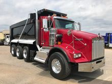 2012 Kenworth T800 Extended Cab