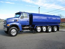 Used 2011 Mack in Ch