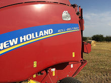 2015 New Holland RB560