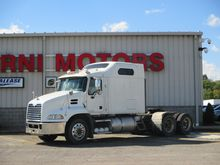 2010 Mack PINNACLE CXU613