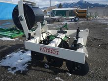 2015 PATRIOT PIVOT TRACK CLOSER