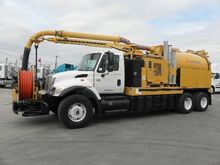 2006 International 4700 6X4 Vac
