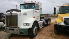 2001 Kenworth T800 Winch Truck