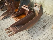 Beco 30cm graveskovl med tænder