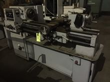 MODEL 15 SHELDON ENGINE LATHE