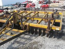 Used Landoll 9 Shank