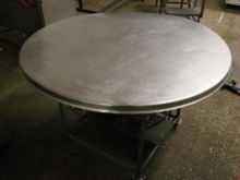 Used Turn table in F