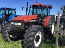 1997 TRACTOR NEW HOLLAND M135 A