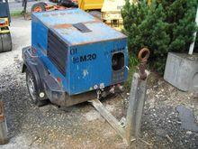 Used KAESER M20 in N