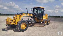 Used 2010 Deere 772G