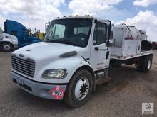2005 Freightliner S/A Fuel Lube