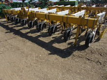Buffalo 6300 Row Crop Cultivato