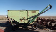 250 Bushel Gravity Wagon