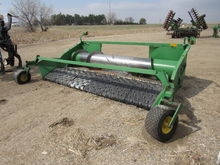 JOHN DEERE 915 PICKUP HEAD