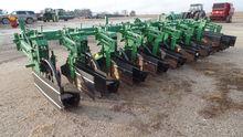 John Deere 886 Row Crop Cultiva