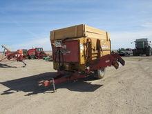 Kuhn Knight 2250 Mixer Wagon