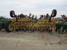 Buffalo 4630 8R36-40 Row Crop C