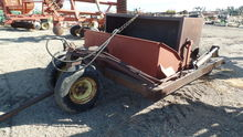 Used 4 Yard Soil Scr