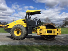 2015 BOMAG BW211PD-50