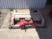 """2011 Ventrac LM600 60"""" Side Dis"""