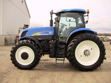 2007 New Holland T7040 Tractor
