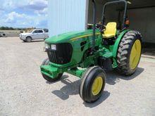 2014 John Deere 5075M Tractor
