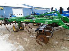 John Deere 510 Chisel Plow