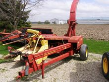 1991 New Holland 790 Pull-Type