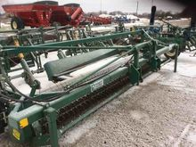 2005 Picket 1068 Bean Windrower