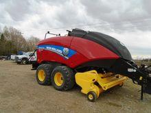 2015 New Holland BigBaler 340R