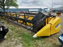 2011 New Holland 740CF - 35 Sup