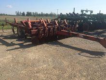 White 435 11 Shank Chisel Plow