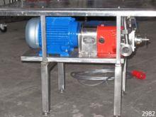 Used SSP lobe pump t
