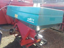 1995 Sulky Fertiliser spreader