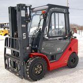 2013 UN Forklifts UN FL3.0T-JG
