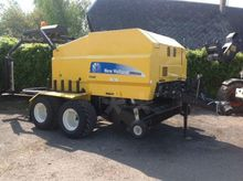 2008 New Holland BR6090 Large s