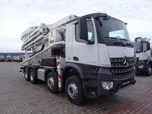 2017 Mercedes-Benz Arocs 3240 C