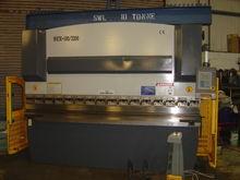 MANTECH 100 3200 CNC Hydraulic