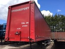 Triaxle Curtainsider