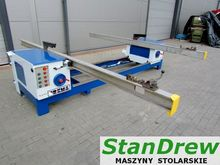 Two saw for pallets formatting