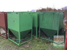 Sonstige Stahltrichter 6x500kg